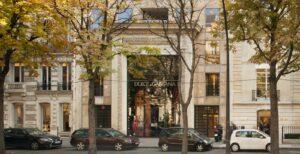 Dolce & Gabbana avenue Montaigne Paris